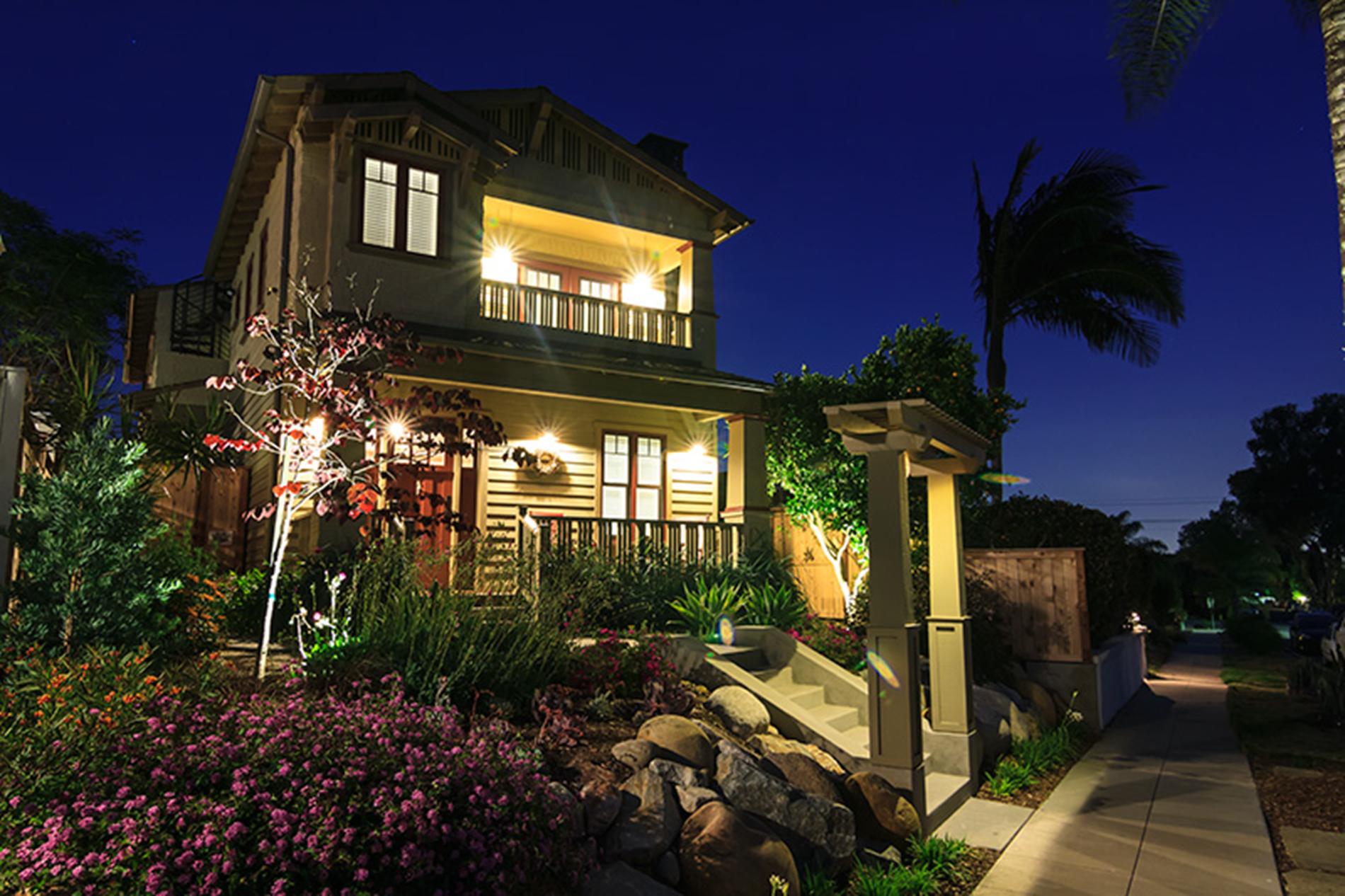 GCBH_La_Jolla_Craftsman_Beach_House_1_featured_1900